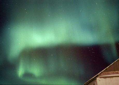 Ce sera encore la saison des fameuses aurores boréales. On croise les doigts!